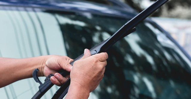 5 Easy Window Care Ideas For Clear Autumn Driving